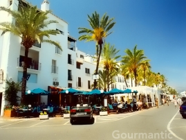 Puerto Banús Spain - A strip of cafes, eateries and shops