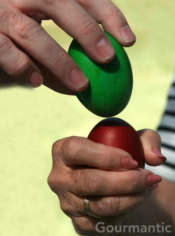 Easter Egg Tapping