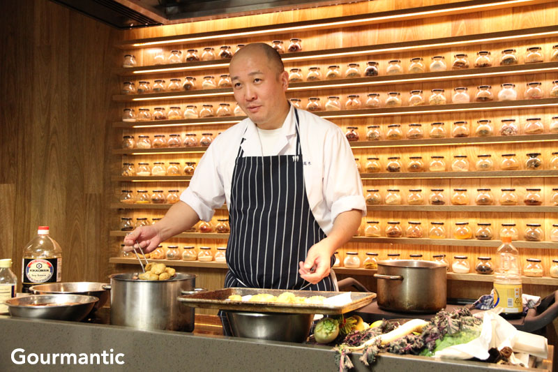 Shin Takagi at Quarter 21 Cooking School
