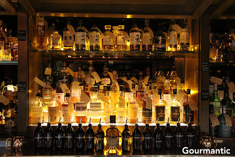 The Whisky Room At The Clock Hotel Surry Hills Gourmantic
